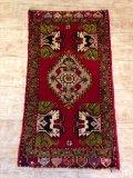 NO119 アンティークヤストゥク 絨毯 50年前 厚めのマットタイプ