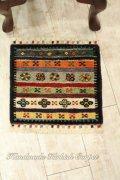 手織りトルコ絨毯 : 座布団サイズ NO27881
